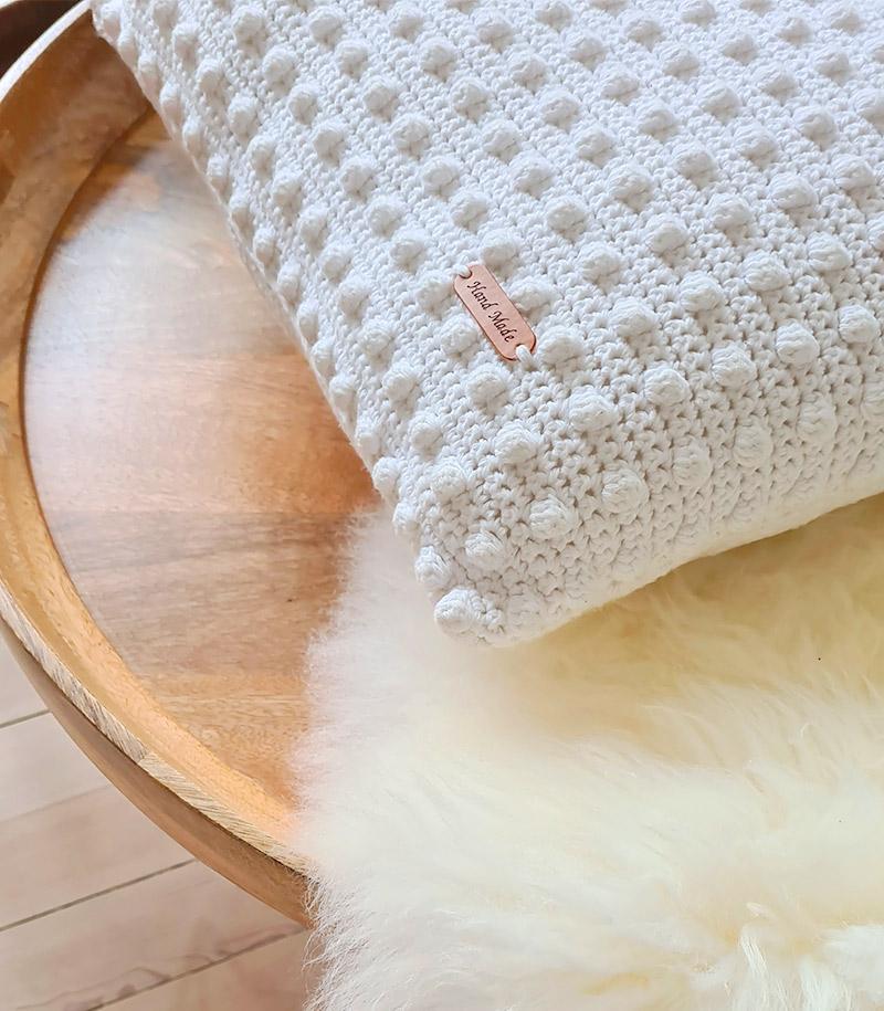Mama Anette Bobble Stitch Pillow