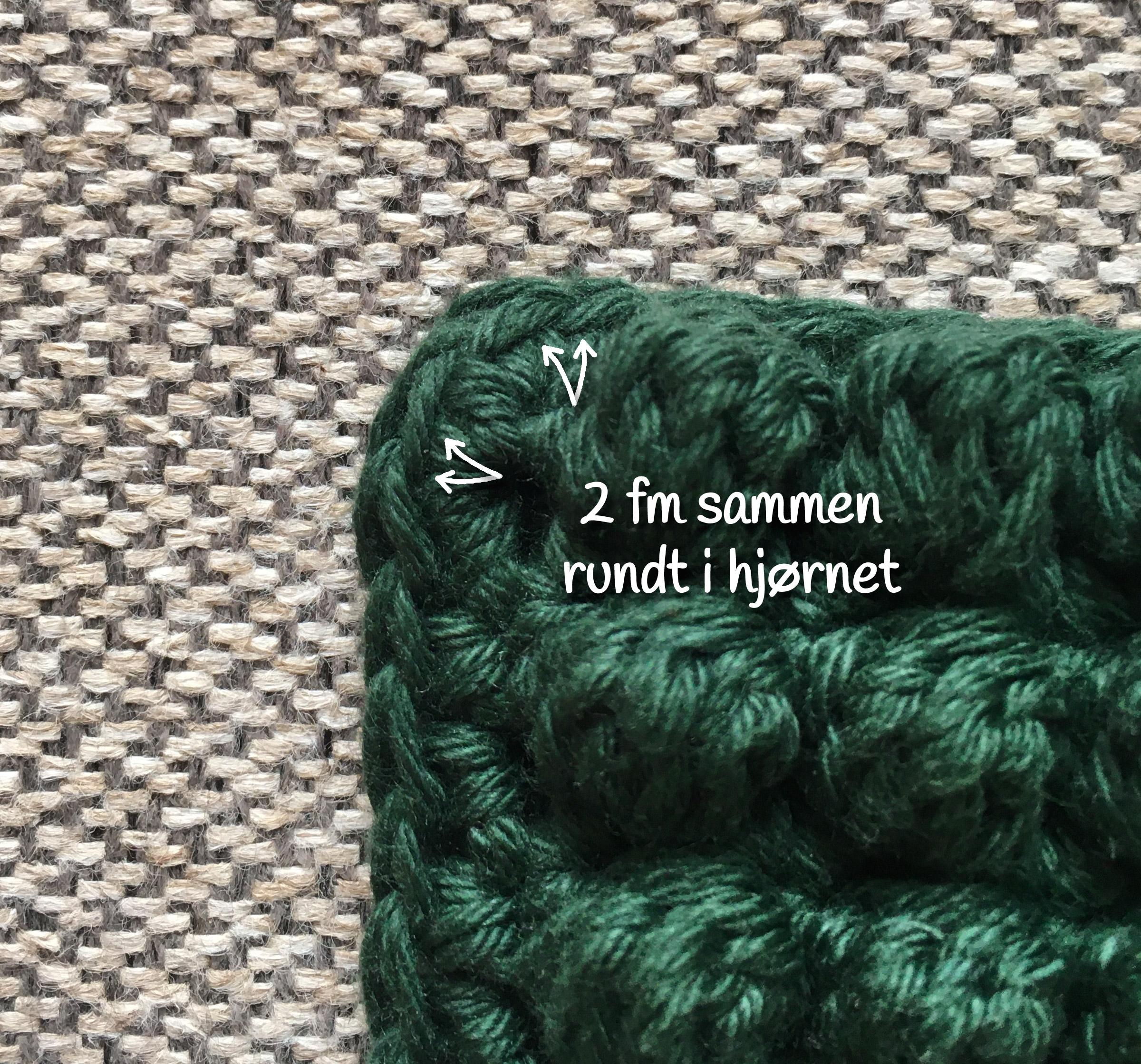 Stine Potholder: Free Crochet Pattern for Potholders with bobbles