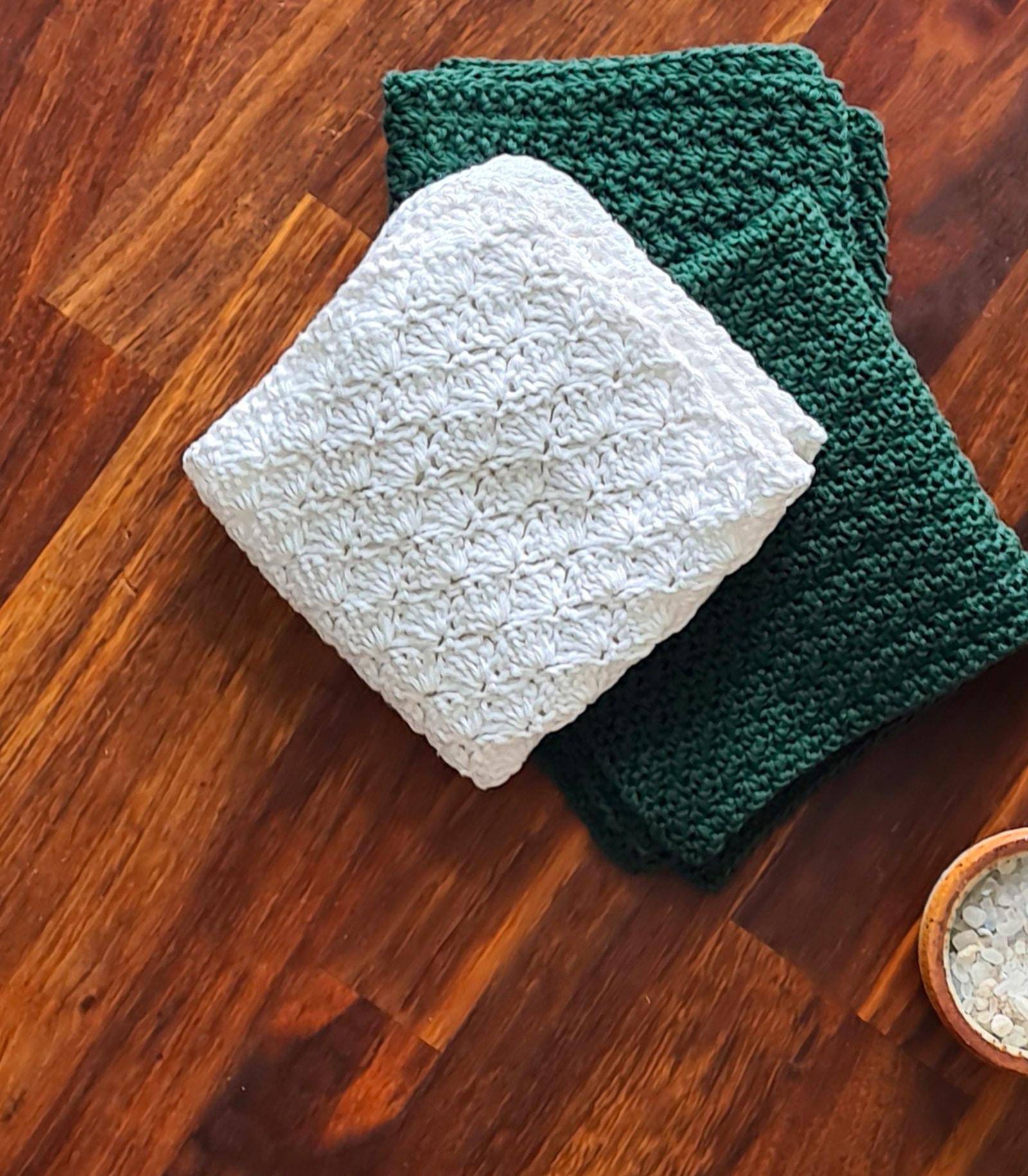 Dishcloth in Shell Stitch